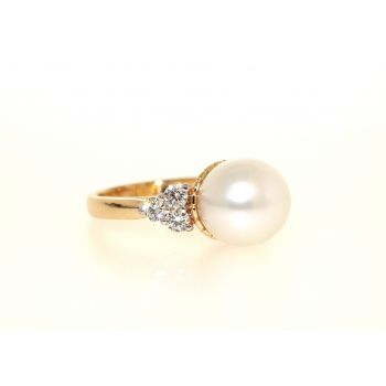 South Sea Pearl and Diamond, Gold Ring